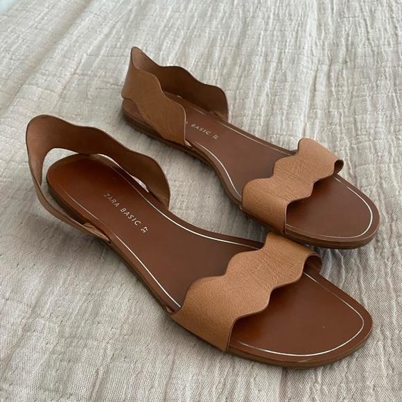 Zara scalloped flat sandals 37